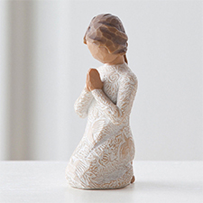 Willow Angel Figurine - Frienship - Prayer of Peace | Hallmark Awesome Gifts