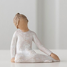 Willow Angel Figurine - Family - Thoughtful Child | Hallmark Awesome Gifts