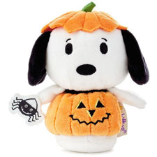 Hallmark itty bittys® Trick-or-treat Snoopy  | Hallmark Awesome Gifts